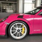 Nữ đại gia độ siêu xe Porsche 911 GT3 RS màu hồng