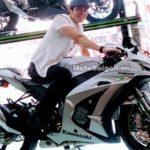 Ca sỹ Lưu Chí Vỹ khoe Kawasaki Ninja ZX-10R 2017 mới mua