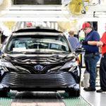 Toyota Camry 2018 bản thương mại giá từ 530 triệu đồng
