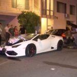 Siêu xe Lamborghini Huracan mui trần tông 4 xe khác liền lúc