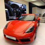 Hai hãng xe sang Porsche, Audi bị cáo buộc quảng cáo sai sự thật