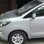 Hai tài xế taxi cùng hãng tranh khách đập vỡ gương xe ?