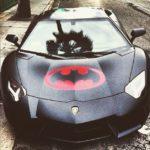 Khi siêu xe Lamborghini và Ferrari mang lô gô Batman