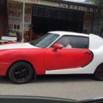 """Siêu xe Bugatti """"hàng nhái"""" độc nhất Việt Nam xuống phố"""