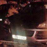 Xe sang Porsche Cayenne đâm 7 người bị thương, nhiều xe máy hỏng nặng