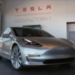 Xe công nghệ Tesla Model 3 tại sao ví như iphone 8 ?