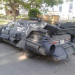 Toyota Camry cổ độ thành siêu xe Batman
