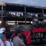 Xe khách cháy lớn ở Đồng Nai 30 hành khách may thoát nạn