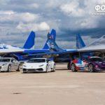 Top 5 cuộc đua giữa siêu xe và máy bay phản lực nghẹt thở nhất