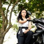 Nữ biker Việt xinh đẹp và trong sáng cùng Honda Winner 150