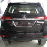 """Toyota Fortuner bán được 1808 xe trong tháng """"cô hồn"""""""