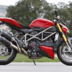 Giá bán siêu xe mô tô Ducati tháng 10/2017 ở thị trường Việt Nam