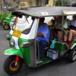 Du lịch: Ngắm những xe tuk tuk trên đường phố Thái Lan