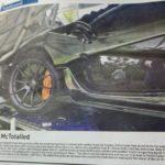 Siêu xe Mclaren P1 giá 1,5 triệu đô tai nạn nặng ở Campuchia