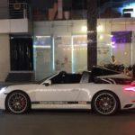 Porsche 911 Targa 4s màu trắng tái xuất trên phố Sài Gòn