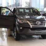 Tháng 11/2017 Toyota Việt Nam mạnh tay giảm giá