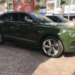 Thiếu gia 9X Sài Gòn bán xe Bentley Bentayga màu siêu độc sau 2 tháng mua