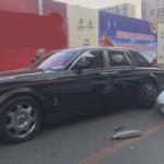 Chủ Rolls royce bị đâm yêu cầu lái xe Hyundai bán nhà đi đền ?