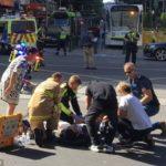 Vụ tai nạn do người lái xe không nhìn thấy và người đi bộ không chú ý