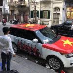 Làng xe với những màn dán xe cổ vũ đội tuyển Việt Nam hoành tráng nhất
