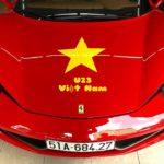 Những chiếc siêu xe cổ vũ đội tuyển Việt Nam cực nổi bật trên phố