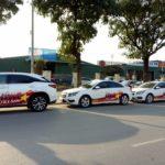 Xe sang Lexus RX350 đời mới gắn đề can cổ vũ đội tuyển Việt Nam