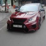 """Ford Mustang đọ độ ngầu về """"độ xe"""" với Chevrolet Cruze ở Sài Gòn"""