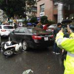 Hà Nội: Lái xe say rượu tông hàng loạt xe đang chờ đèn đỏ