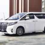 Xe của công nhân ở Nhật bản có cả Toyota Camry, Land Cruiser và Alphard