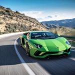 Cảm giác phấn khích kèm sợ hãi khi Lamborghini tăng tốc lên 150 Km/h