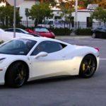 Ferrari 458 Italia bị tháo hết ra để lấy phụ tùng