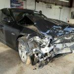 Nể phục anh thợ phục chế toàn bộ xe BMW bị tai nạn bằng thủ công