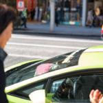 Mèo nhà giàu Torako chỉ thích ngồi trên siêu xe Lamborghini Gallardo