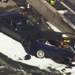 Xe Tesla thử đoạn đường tai nạn chết người lại suýt bị tai nạn