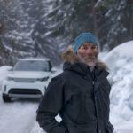 Land Rover Defender vẽ bằng cách đi bộ gần 21000 bước chân