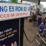 Khai tử xăng RON 95: Nguy cơ độc quyền, tăng giá thấy rõ