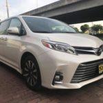 Choáng giá xe gia đình Toyota Sienna 2018 về Việt Nam 4 tỷ đồng