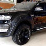 Xe Ford Ranger Wildtrak 3.2L độ lên Raptor hầm hố ở Hà Nội