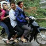 Phát cười loạt ảnh chế xe đưa đón các cầu thủ World cup về nước