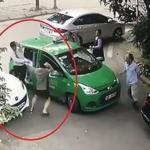 Khởi tố người lái Mercedes dùng gạch đánh người