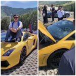 Thanh niên ngồi lên kính Lamborghini chụp ảnh gây vỡ kính