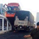 Baoxehoi 24h: Những pha thoát chết tai nạn xe phi thường