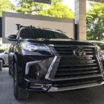 Toyota Fortuner giá 1 tỷ độ như Lexus LX570 giá 8 tỷ
