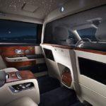Rolls royce Phantom cung cấp tùy chọn vách ngăn siêu sang cho khách hàng