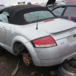 """Xót xa xe sang Audi TT """"siêu mẫu 1 thời"""" bị vứt bỏ không thương tiếc"""