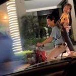 Video ông bố nghèo đèo con trên xe đạp khiến nhiều người xúc động
