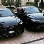 Đại gia trẻ sắm liền lúc Audi Q8 và Lamborghini URUS màu đen