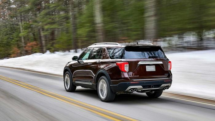 Ford Explorer cho đại gia việt chờ đợi