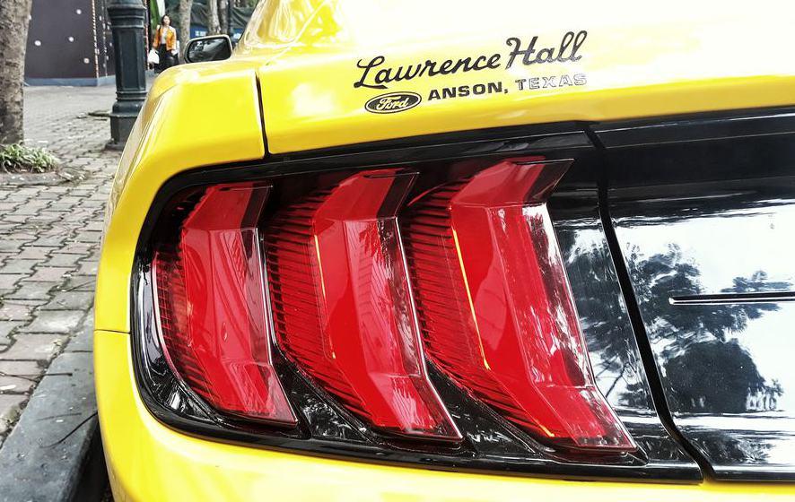 Đèn hậu xe Full LED