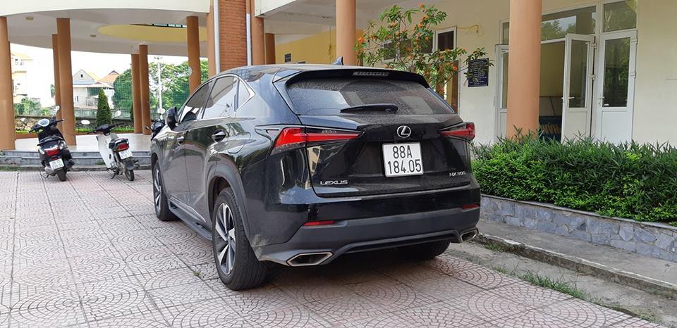 Xe sang Lexus NX
